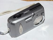 Fujifilm FinePix Serie A A203 2.0 MP fotocamera digitale - Argento metallizzato