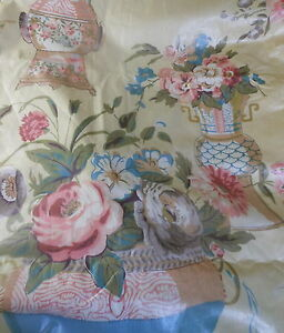 Vintage-French-Chintz-Chinoisore-Floral-Vases-Fabric-Pink-Blue-Lavender-Yellow
