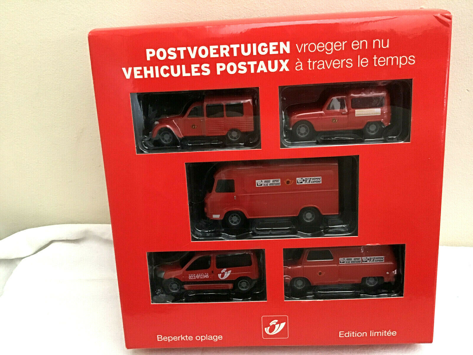 MINICHAMPS 1 64 Set of 5 Postal Vehicles  - Belgian Post PROMO
