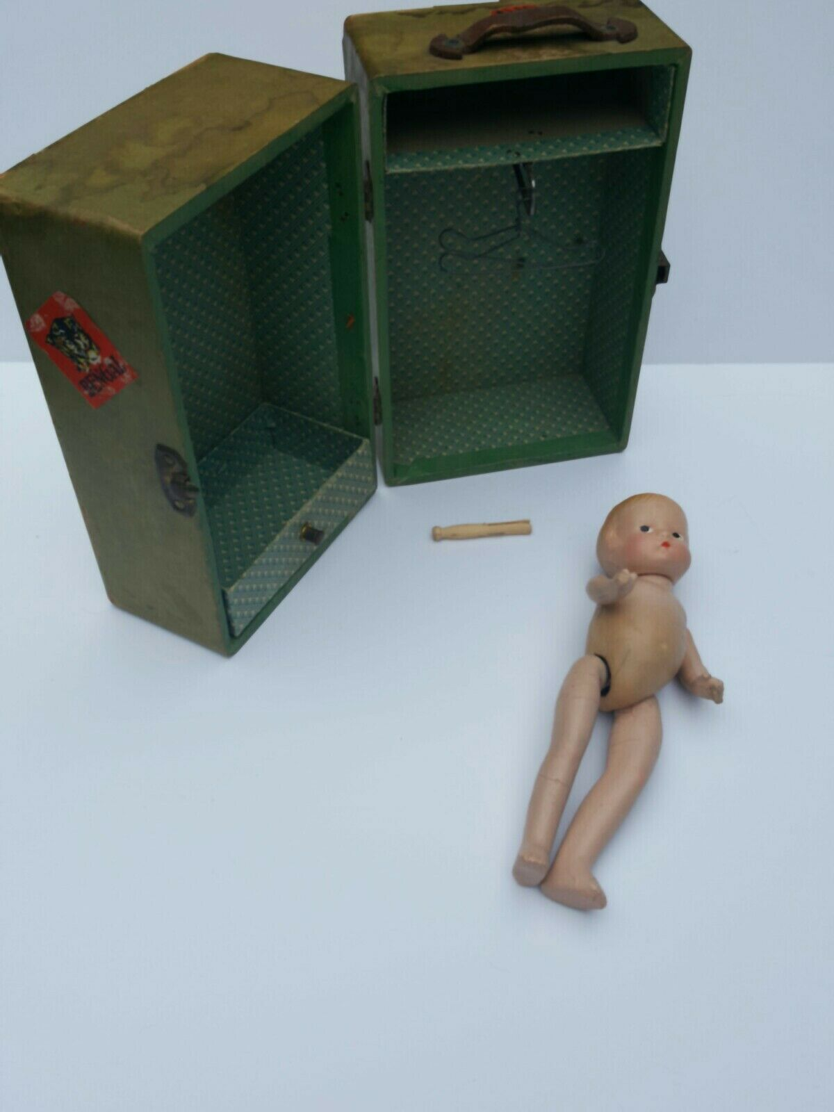VTG 30s Composition Wee Patsy Doll baby + steamer wardrobe side glancing 10
