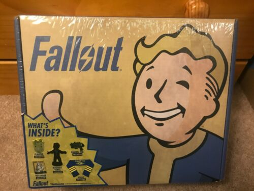 PIN AND MYSTERY VINYL PLANTER FALLOUT BETHESDA LOOT BOX SCARF NOTEBOOK