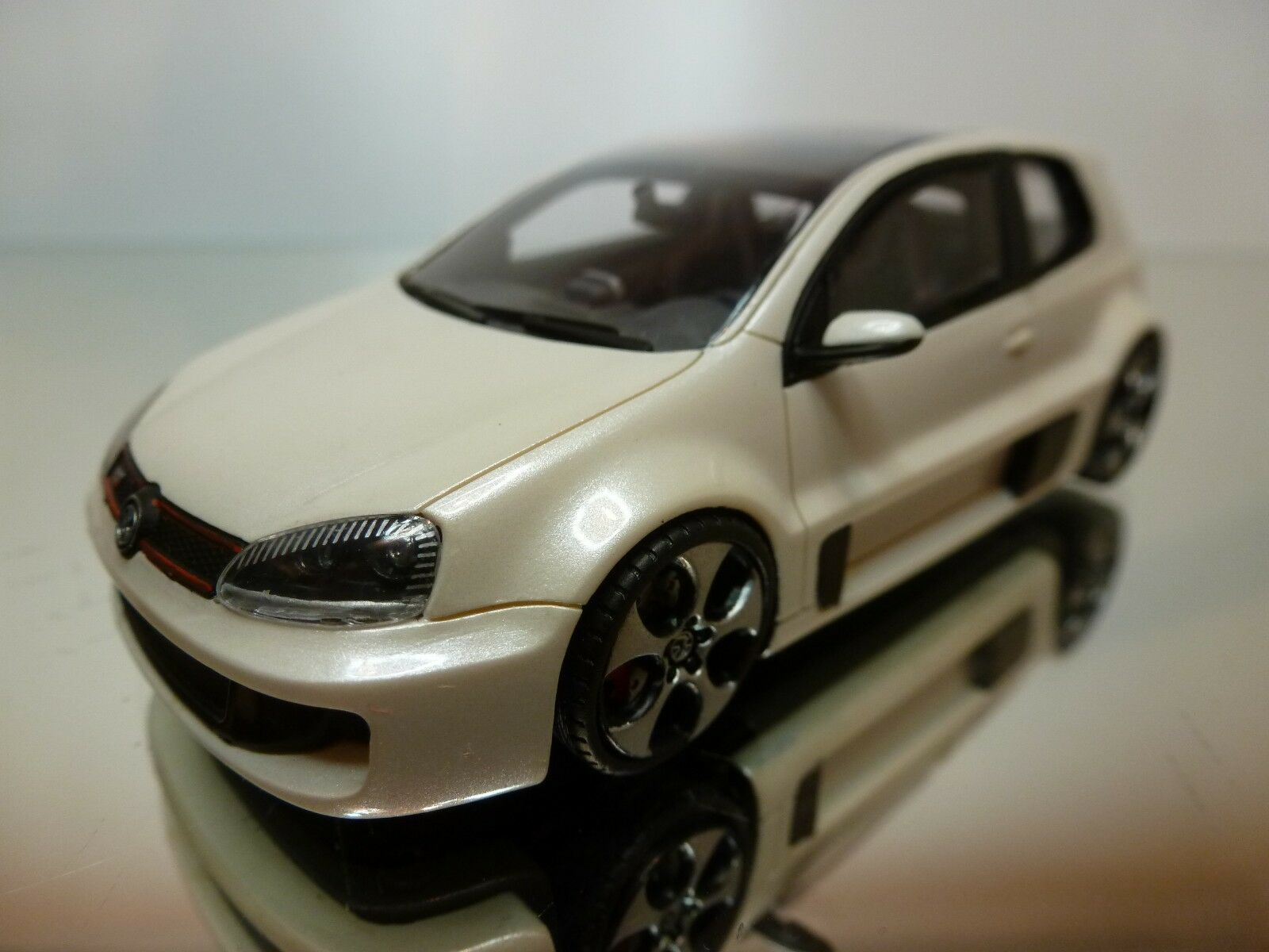 PROVENCE MOULAGE VW VOLKSWAGEN GTI W12-650 - IVORY 1 43 RARE - EXCELLENT - 24