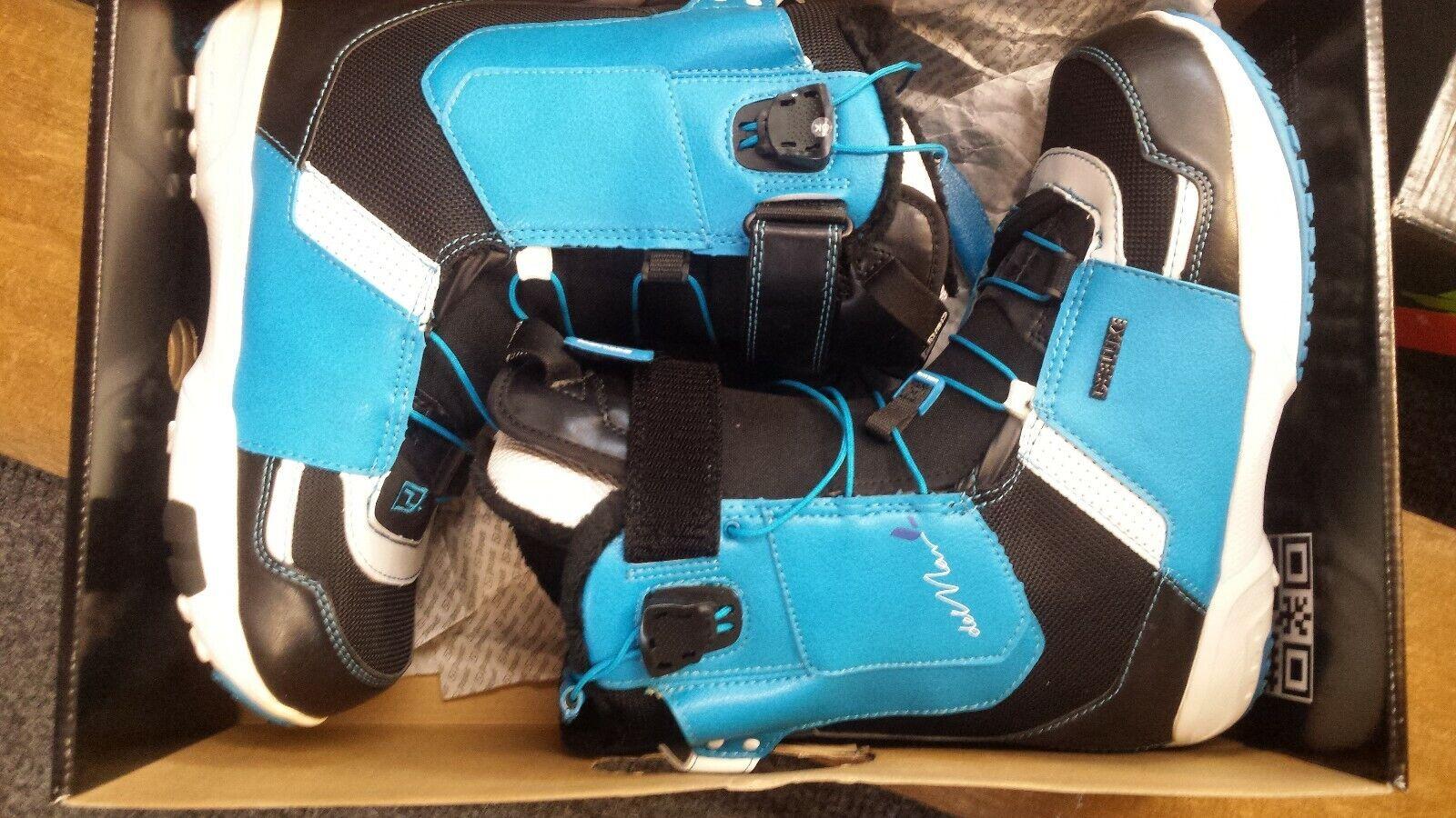 DeeLuxe Del Mar Snowboard Boots