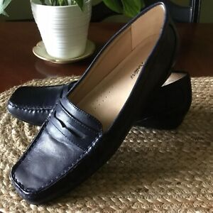 Beautiful Women's TR Trotters Navy Blue Shoes Penny ...
