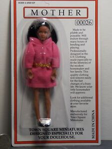 Dollhouse-Miniature-Doll-Woman-Mother-1-12-one-inch-scale-D7-Dollys-Gallery