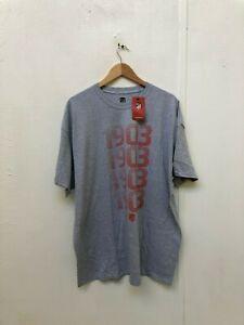 Atletico-Madrid-FC-Men-039-s-Club-1903-Gradient-Logo-T-Shirt-2XL-Grey-New