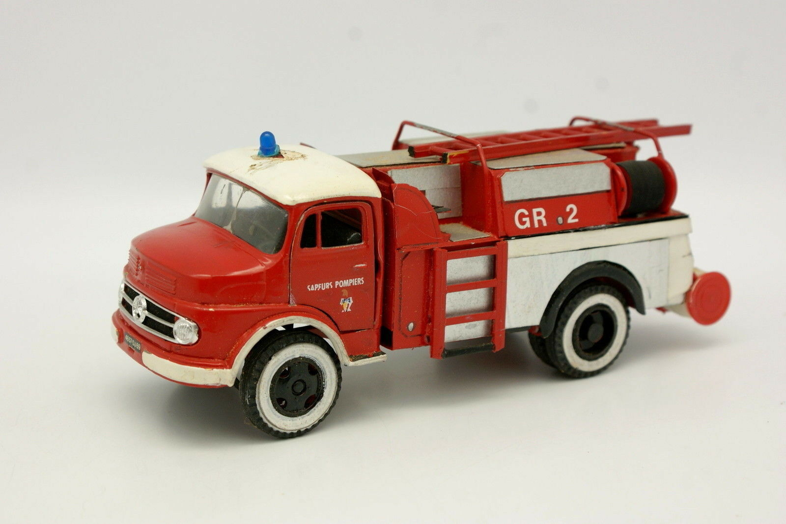 Buby Argentine Code 3 1 43 - Mercedes L1112 Pompiers