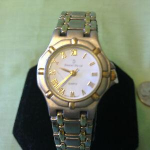 9ef42a1c32c0 ... Daniel-para-mujer-Reloj-deseable-amp-David-Modelo-