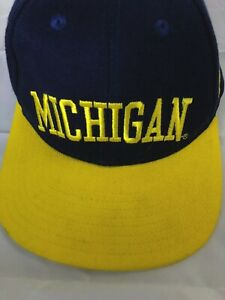quality design e43ac 40961 Image is loading VTG-90s-Michigan-Wolverines-Nike-Air-adjustable-dad-