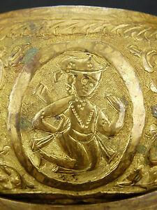 Courageux Coupe Rituelle à Offrande Bronze Ciselé .tombak ?art Ottoman Turquie ? Perse ?