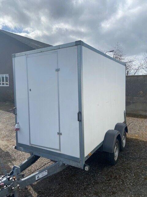 Salgsvogn, Thule 7300TB, lastevne (kg): 1340
