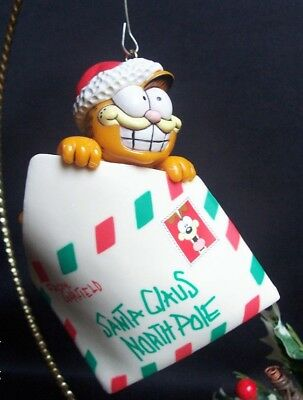 Enesco Garfield Ornament Special Delivery No Box