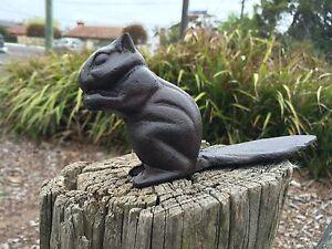 Rustic cast iron squirrel home garden door stopper stop wedge key safe hide box ebay - Cast iron squirrel door stop ...