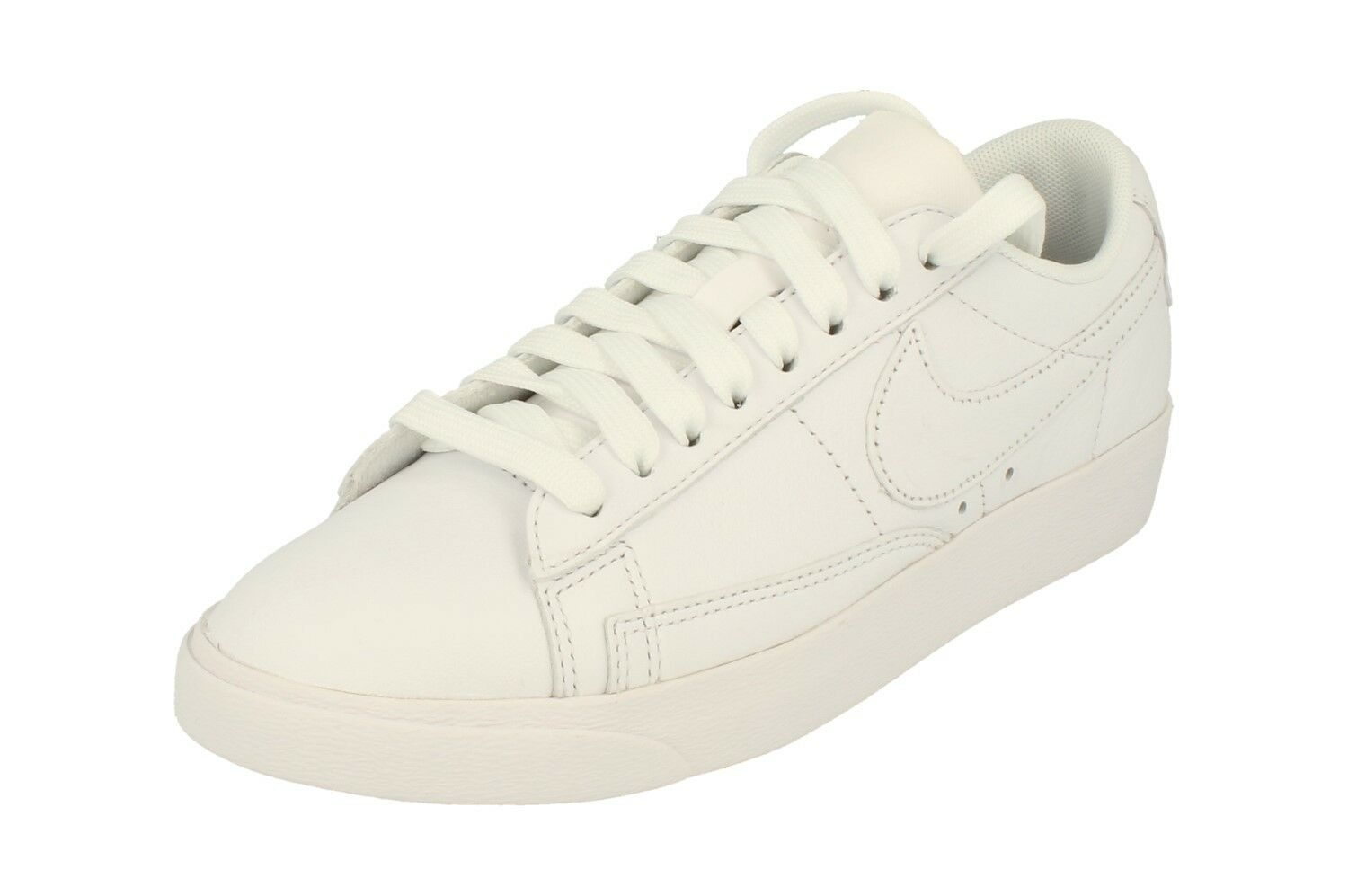 Nike Womens Blazer Low Le Trainers Aa3961 Sneakers shoes 104