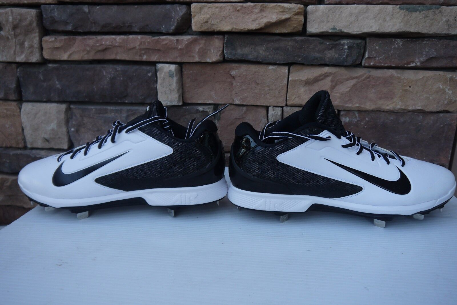 Nike Men's Huarache Pro Low Metal Baseball Cleats US 12   UK 11  EU 46