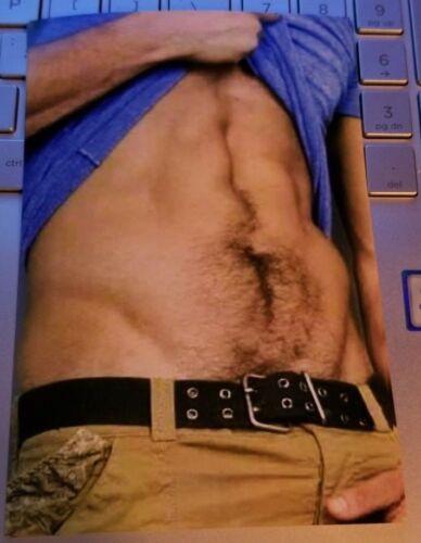 Shirtless Male Muscular Beefcake Abs Treasure Trail Hair Hot PHOTO 4X6 F1613