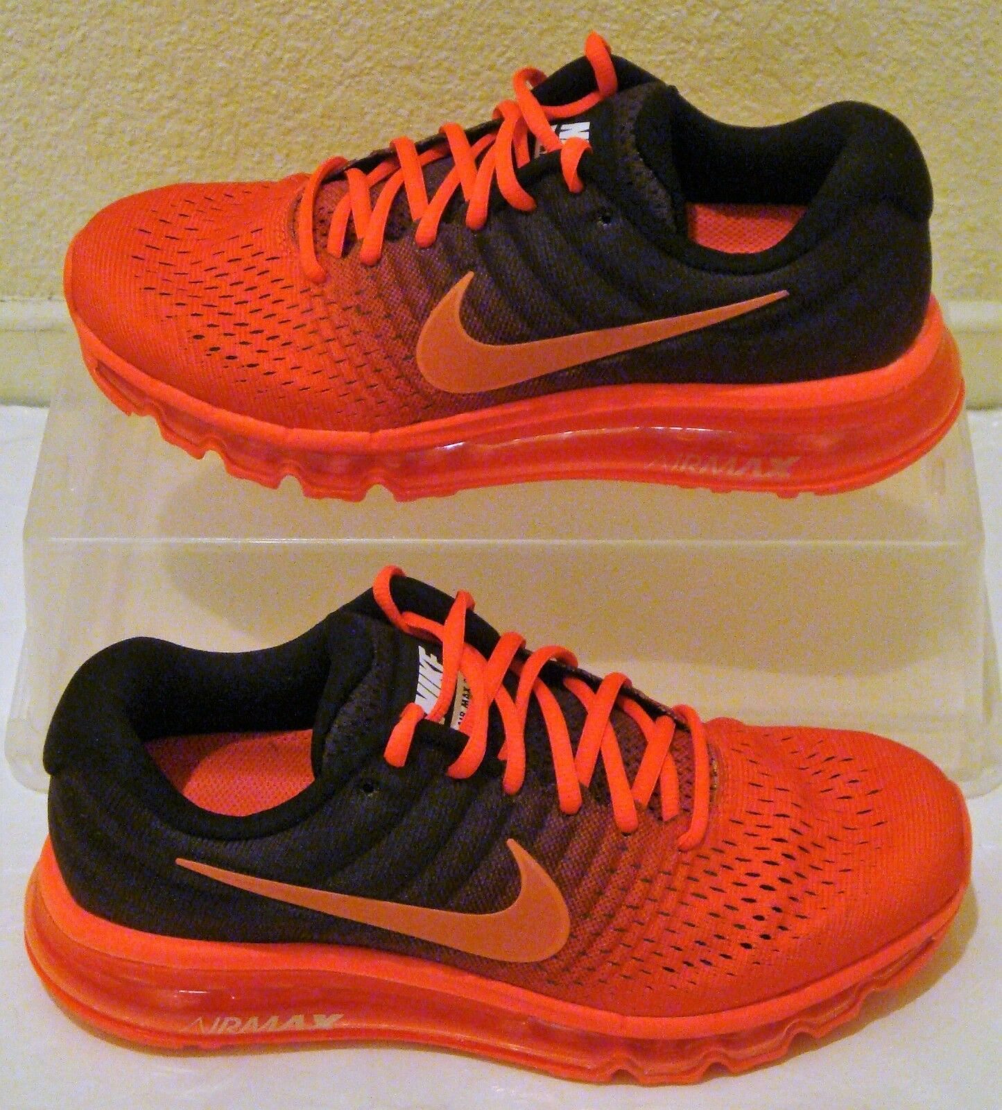 New Nike Air Max 2017 Crimson Black Mens US Size 12 Red