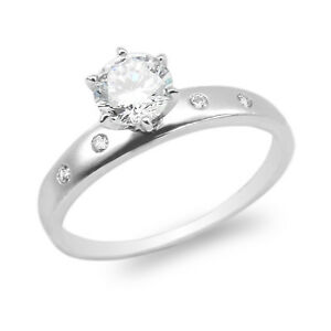 Ladies-10K-14K-White-Gold-Round-CZ-Embedded-Plain-Solitaire-Ring-Size-4-10