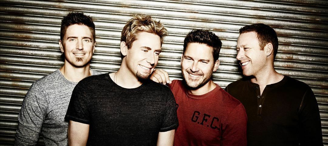 Nickelback with Daughtry and Shaman's Harvest