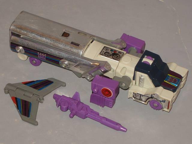 G1 Transformer Decepticon triple Cambiador Octane  Original  completa   4 limpiado