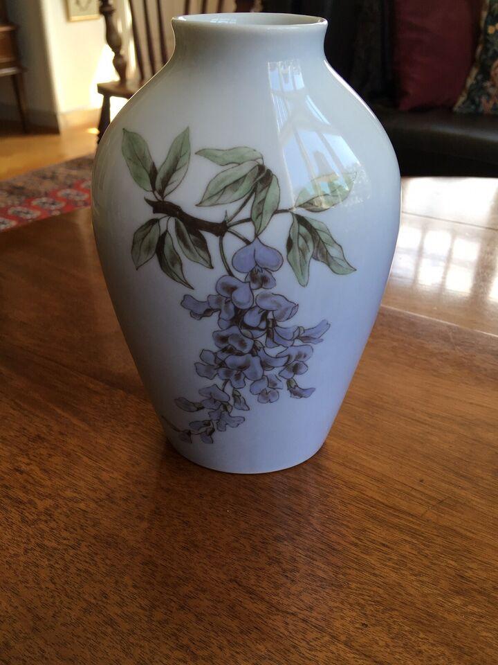 Vase, Vase, Bing og Grøndahl