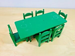 Sylvanian-Families-Vintage-Green-Dining-Set-Rare-Toy-Epoch-Chairs-Table