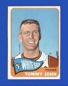 1965 Topps Tommy John #208 Baseball Card - Chicago White Sox HOF