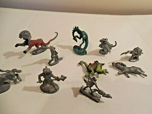 Vintage-1979-1987-lot-10-Dungeons-Dragons-Lead-Figures-Ral-Partha