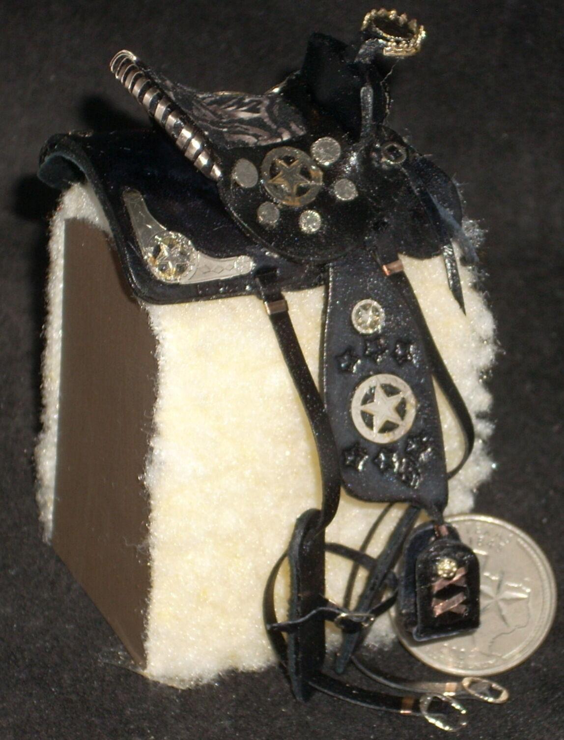 Dollhouse Miniature Prestige Fancy Horse Braun Leder Horse Fancy Saddle Texas 1:12  7608 287bdb