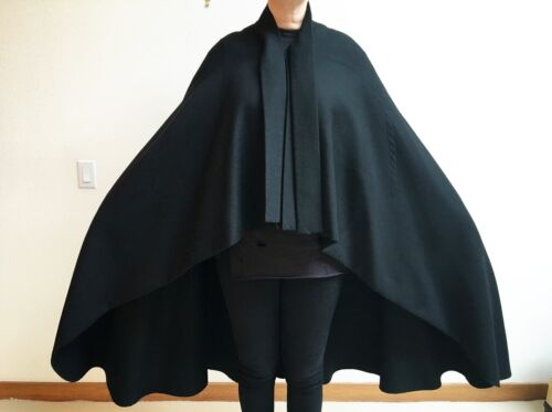 Madame Grès Paris extremely rare wool cape with de