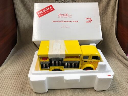1955 COCACOLA DELIVERY TRUCK BY THE DANBURY MINT IN BOX Free Shipping!