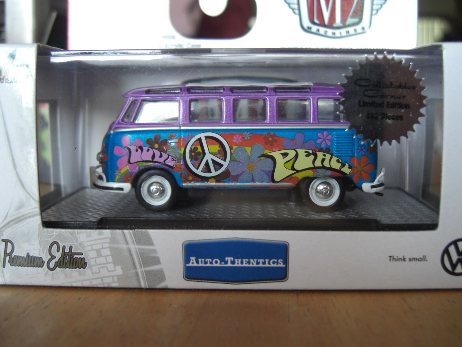M2 1960 VW Hippie bus Deluxe 21 Window US Model Hobby Chase1 64 Diecast