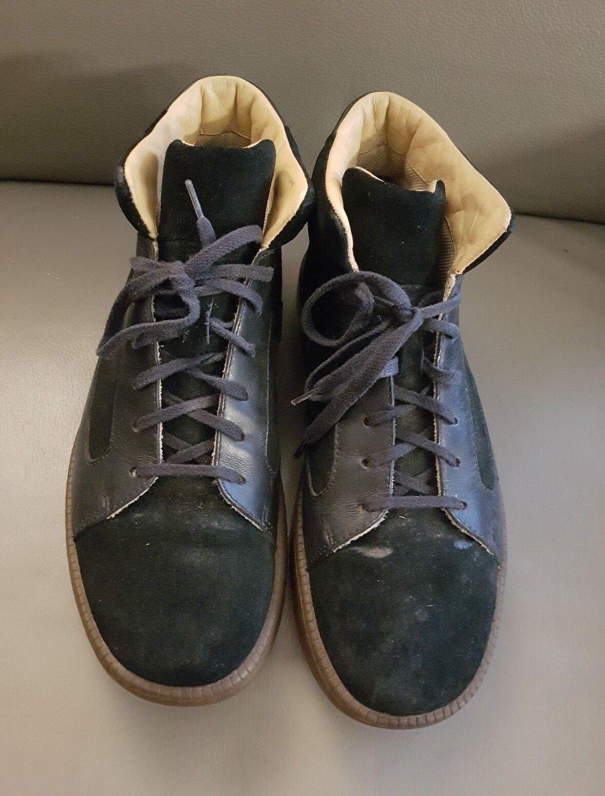 Clarks Boots Herrenschuhe Stiefeletten Wildleder schwarz Gr  8.5 / 42.5 G TOP