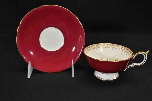 Aynsley 5229 Cup & Saucer Red & Cream With Pink Roses Wide Mouth