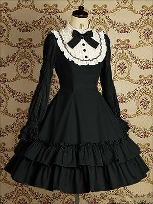 Vintage Gothic Nana Princess Ruffle formally dress Lolita cosplay dress costume