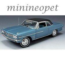 HIGHWAY 61 50146 1963 PONTIAC LEMANS 326 V8 ENGINE 1/18 DIECAST MODEL CAR BLUE