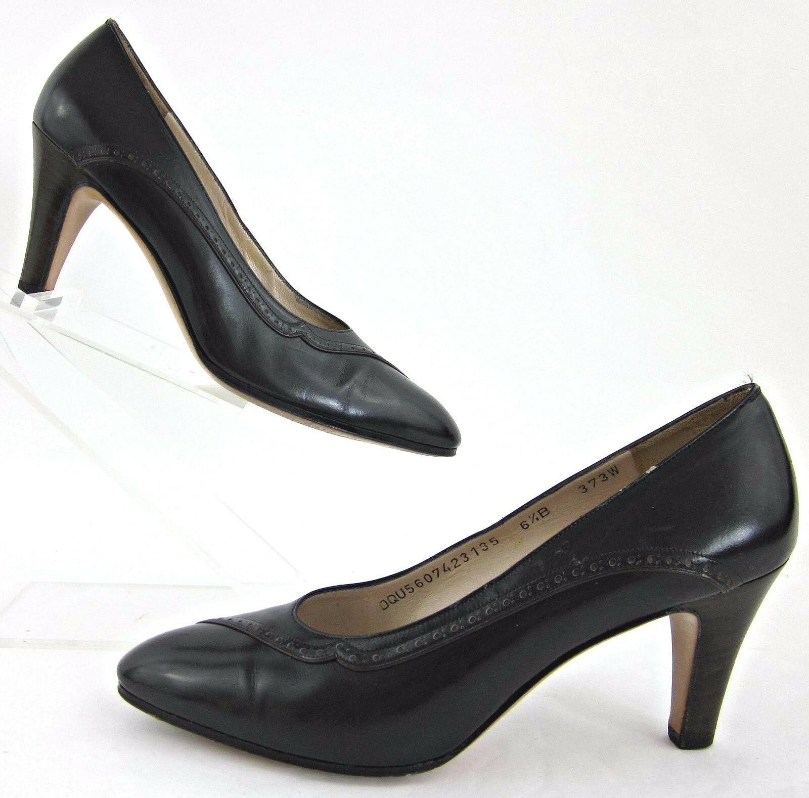 Zapatos de Cuero Salvatore Ferragamo Vestido Vestido Vestido Negro Sz 6.5B Saks Fifth Avenue  muchas sorpresas