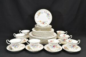 Royal-Albert-Jubilee-Rose-Set-of-8-Five-Piece-Place-Settings-40-Pieces