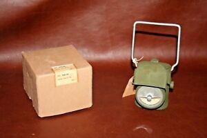 Vintage-WW-II-Era-English-UK-Military-Electric-Black-Out-Lantern-Unused-in-Box