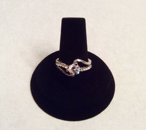 Cubic Zirconia 18K white gold plated ring  Size: 6 7 8 9