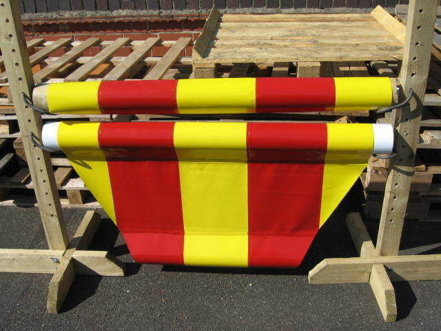 SKINNY  EQUESTRIAN JUMP FILLER,RED & YELLOW, HORSE PONY SCHOOLING AID, 700 PVC