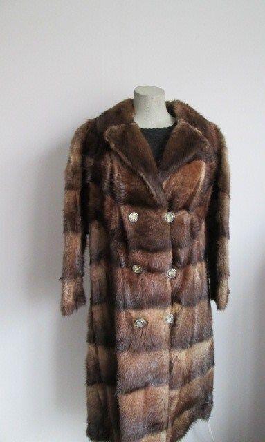 Women's Superb Sz S M 6 8  Muskrat Fur Coat Clearance Sale  Vintage