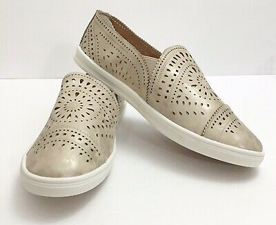 Casual Sneaker Gold Shoe 9.5 Fits