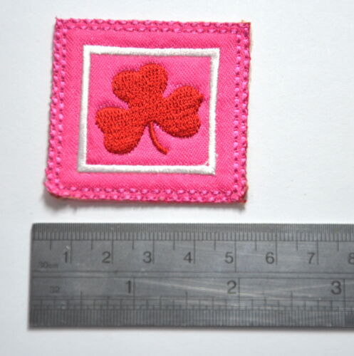 GIRL GUIDES CLOVER  Embroidered Sew Iron On Cloth Patch Badge APPLIQUE