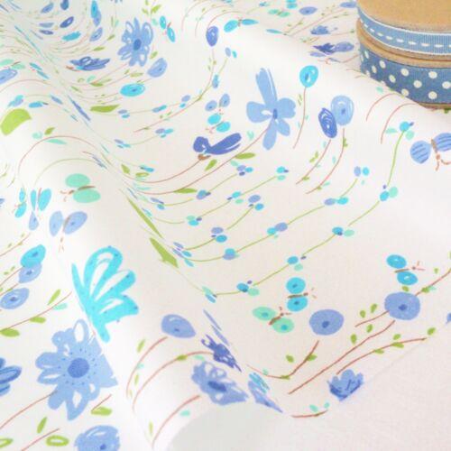 Jardín Trail Azul Floral Moderno en Blanco Tela de Algodón por Metro Patchwork
