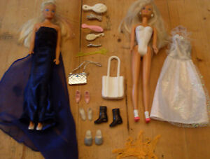 Two ballroom Barbie dolls 1 partly dressed 2 evening dresses amp 12 accesseries - Scunthorpe, United Kingdom - Two ballroom Barbie dolls 1 partly dressed 2 evening dresses amp 12 accesseries - Scunthorpe, United Kingdom