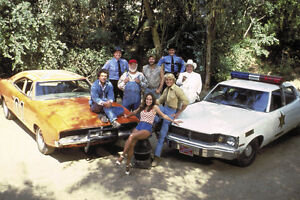 DUKES-OF-HAZZARD-COLOR-24X36-POSTER-WHOLE-CAST-amp-CARS