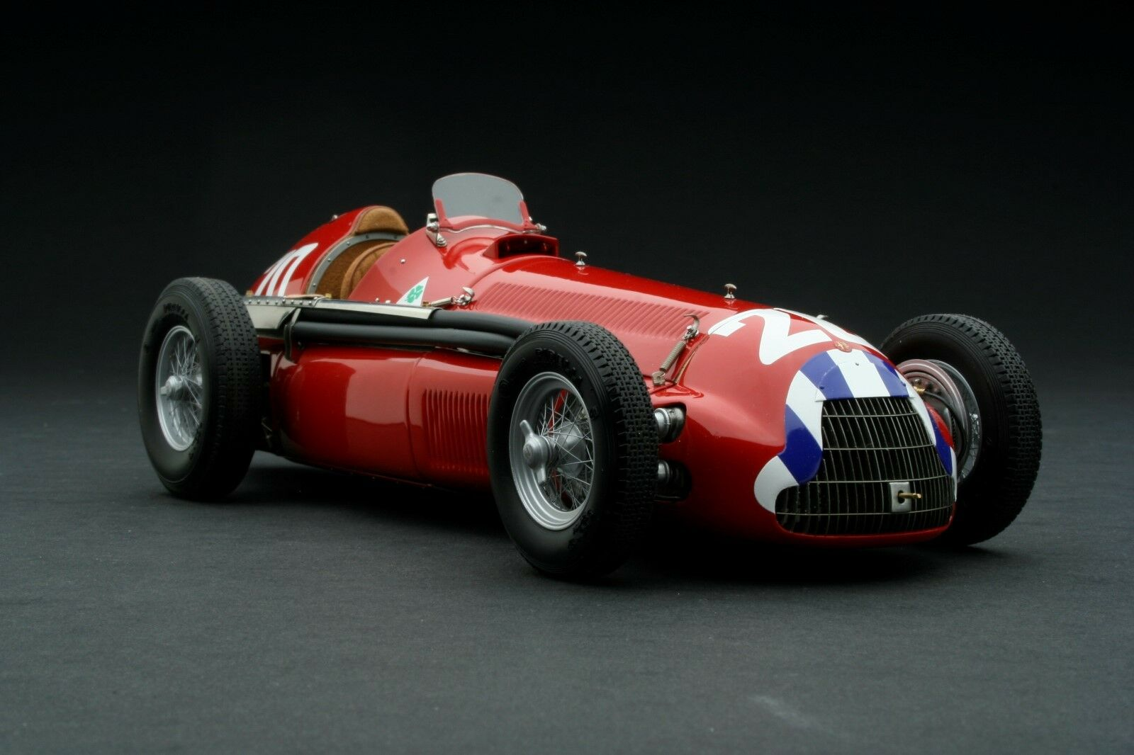 Exoto XS   1 18   1951 Alfa Romeo Alfetta 159M   Nino Giuseppe Farina