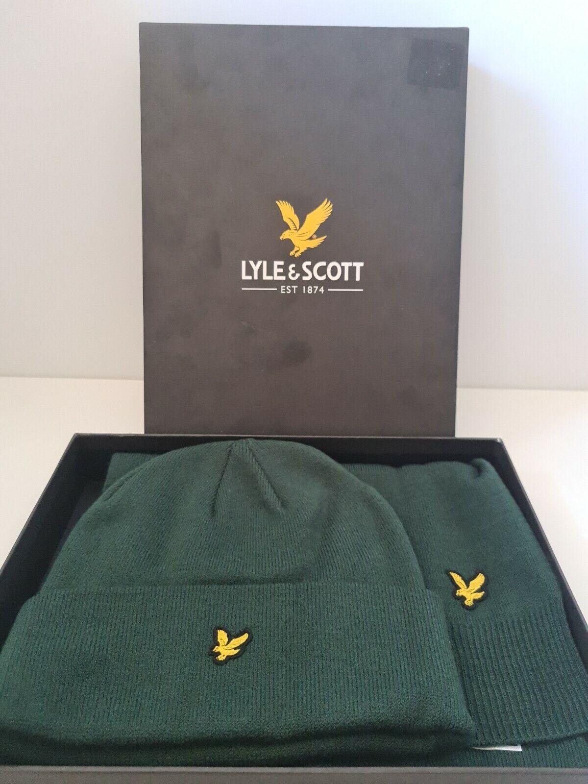 BNIB Lyle & Scott Hat and Scarf Boxed Gift Set GREEN 1SZ RRP GF900A 572