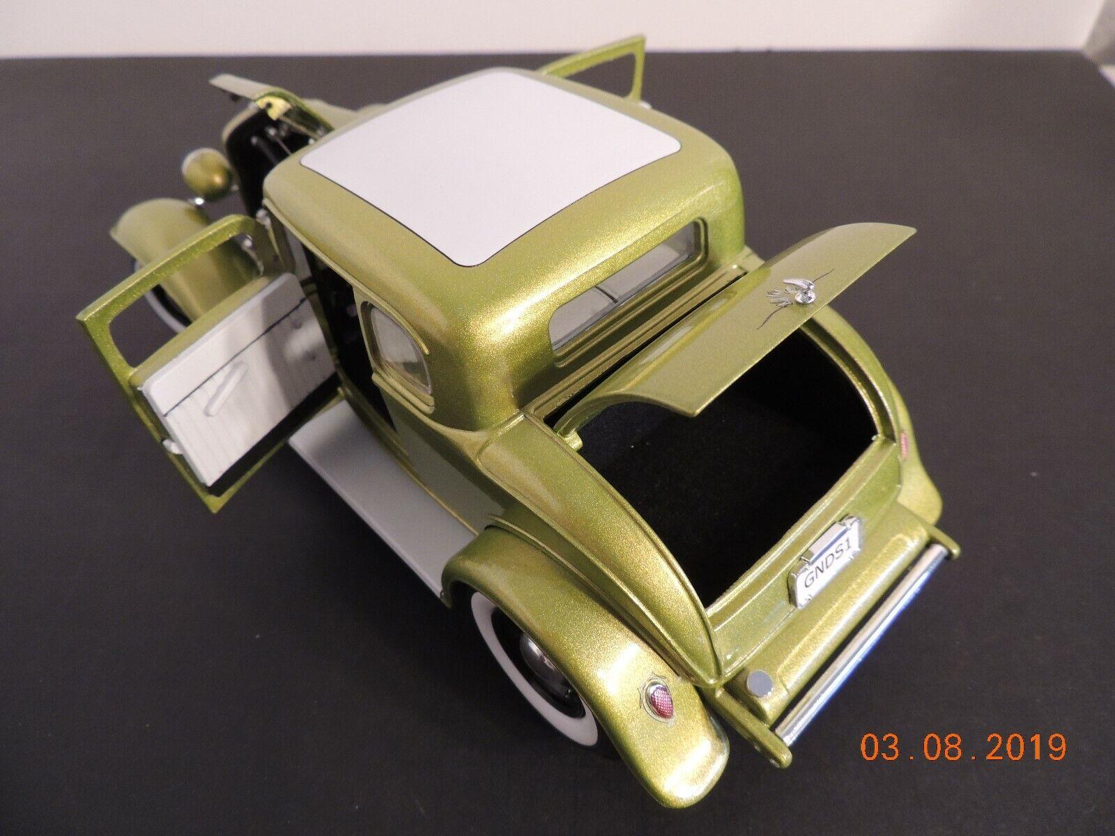 Acme 1 18 escala , Grand National Deuce serie  5 Ventana Coupe, versión no. 1
